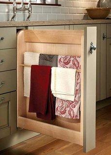 Mobila de bucatarie cu sertar culisant pentru depozitarea prosoapelor