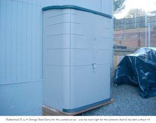 Dulap din PVC alb pentru gradina