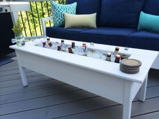 Masa pentru terasa cu lada frigirifica inclusa