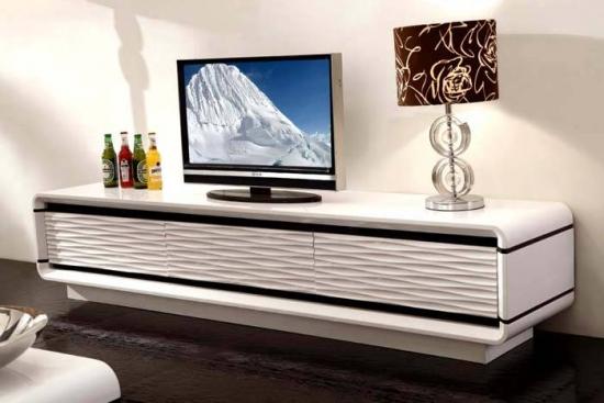 Comoda televizor prinsa de perete