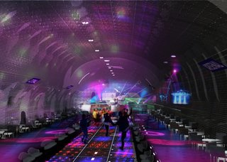 Fosta statie de metrou transformata in club de noapte