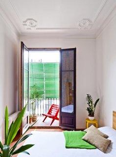 Dormitor cu iesire pe balcon
