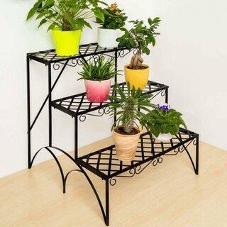 Suport fier forjat pentru plante in forma de trepte.jpg