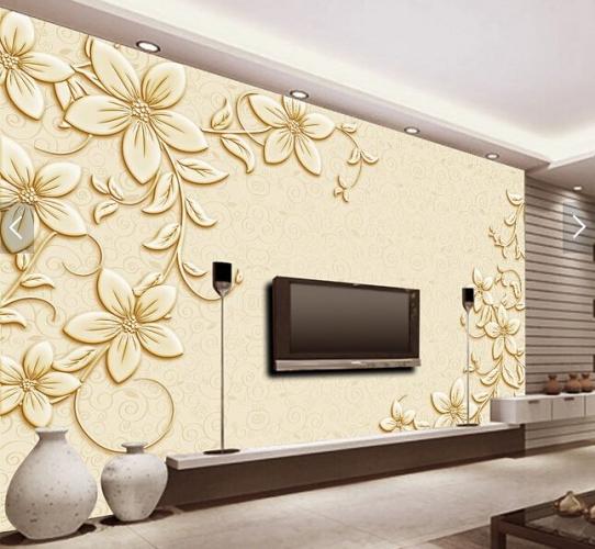 Tapet living auriu cu flori