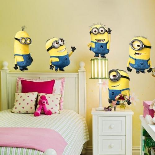 Dormitor copii cu tapet cu Minionii