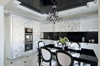 Bucatarie luxoasa cu tavan pe 2 niveluri