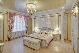 Dormitor luxos cu tavan extensibil