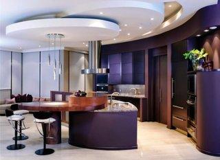 Decor modern bucatarie cu tavan fals