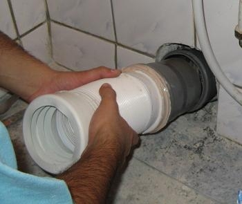 Obiecte sanitare teava scurgere WC montare