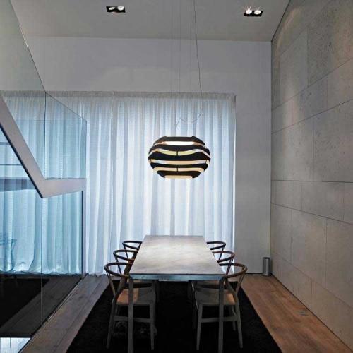 Lampa eleganta plafon
