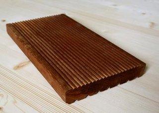 Panou de lemn din esenta tare pentru terase