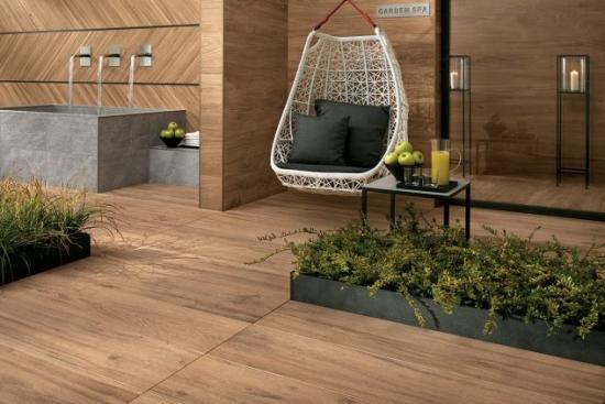 Placi din portelan cu textura lemn