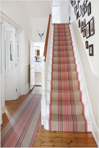 Traversa scari interioare
