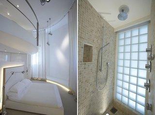 Dormitor cu baie cu cada deasupra