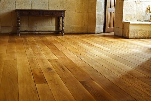 Parchet din lemn masiv tratat cu ulei