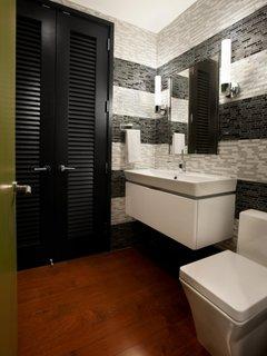 Parchet masiv pentru baie