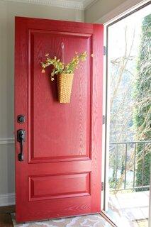 Usa intrare casa culoare rosie