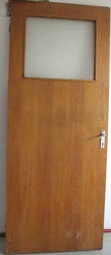 Usi de interior cu furnir de lemn | Reconditionare | Slefuire
