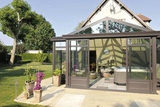 Terasa cu geamuri si usi culisante pentru reglare flux aer
