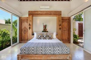 Tablie de pat si usi cu motive marocane