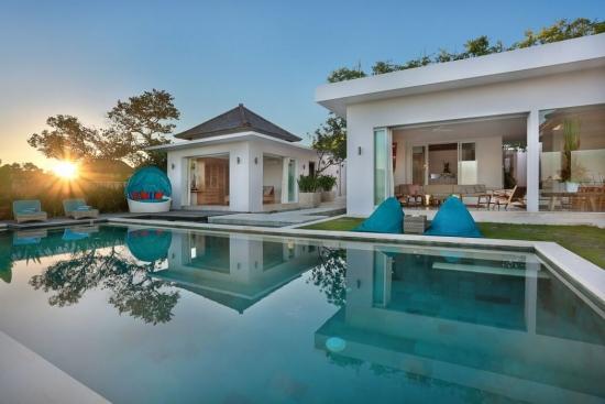 Vila de lux in Bali cu piscina exterioara