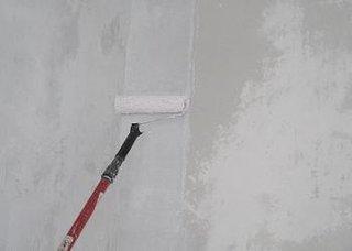 Aplicare vopsea lavabila in strat subtire