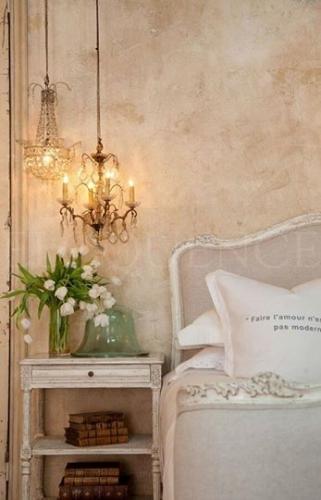 Dormitor matrimonial romantic si boem