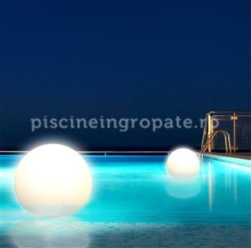 Lumini decorative plutitoare sferice, cu lumina alba sau colorata